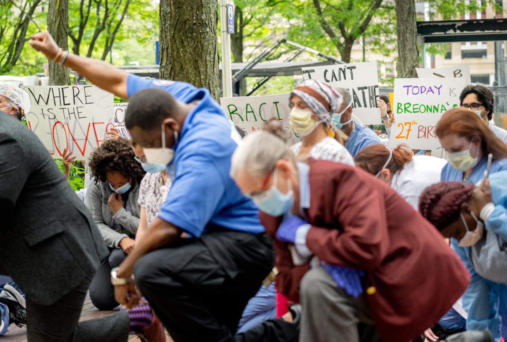 black lives matter kneel in protest